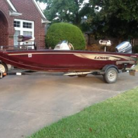 Lowe bass boat for sale